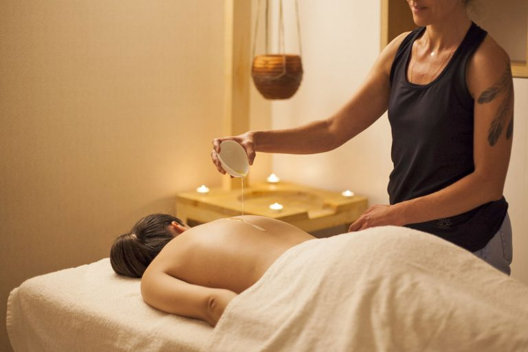 massagem ayurvedica
