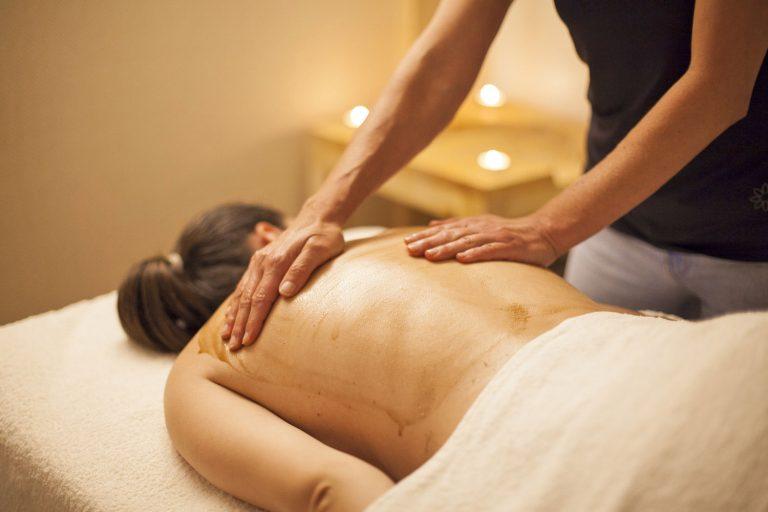 ayurveda massagem udavartanam