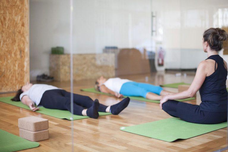 yoga aulas de grupo